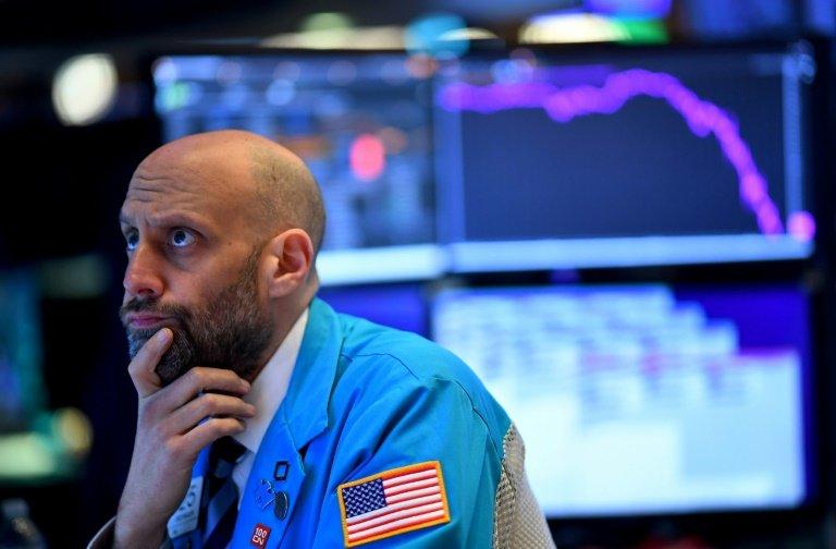 Wall Street grimpe à l'ouverture, plus optimiste sur le plan de relance