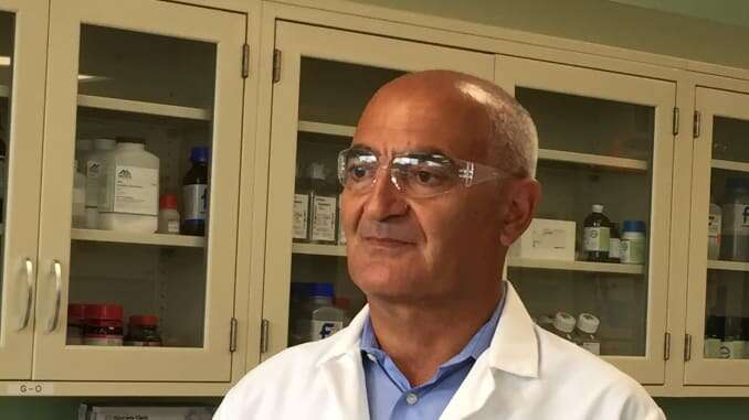 Trump nomme un Marocain pour trouver un vaccin anti-coronavirus